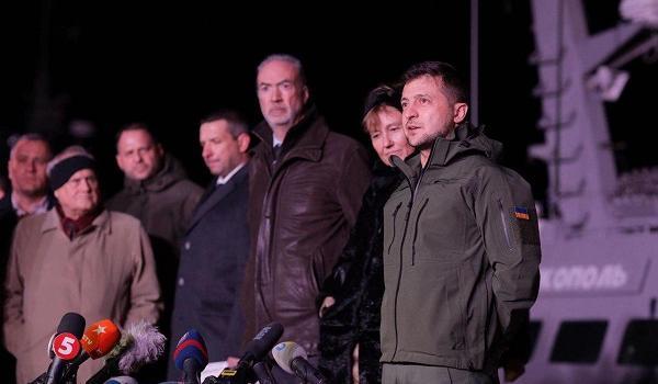 Украинские военные корабли возвращены из Крыма