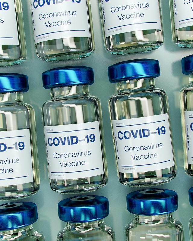Около 3 миллионов поляков сделают прививки от Covid-19 в первом квартале 2021 года