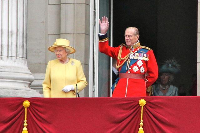 Королева Елизавета 2-ая ипринц Филипп приняли участие вфотосессии