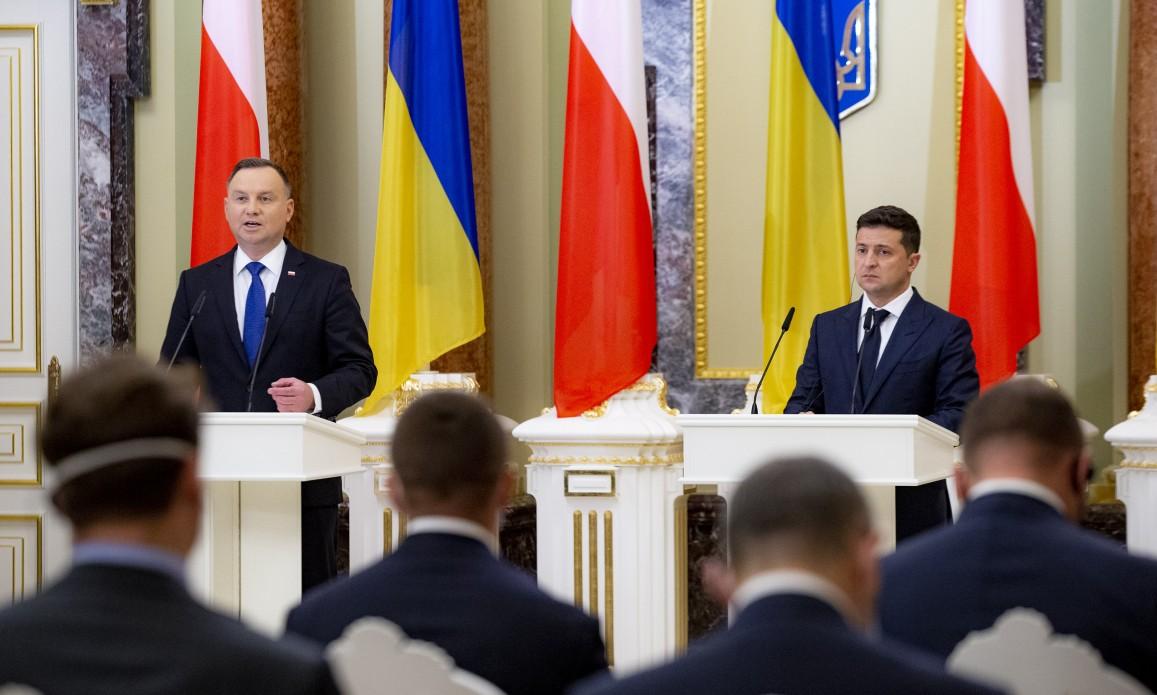 Европа должна помочь украинцам восстановить свои международно признанные границы