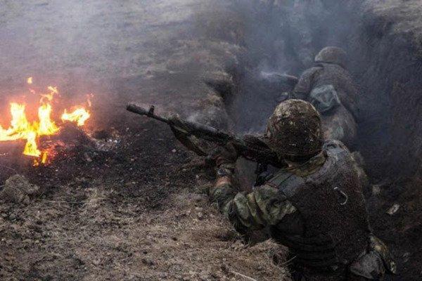 Войска РФ атаковали украинские позиции на Донбассе