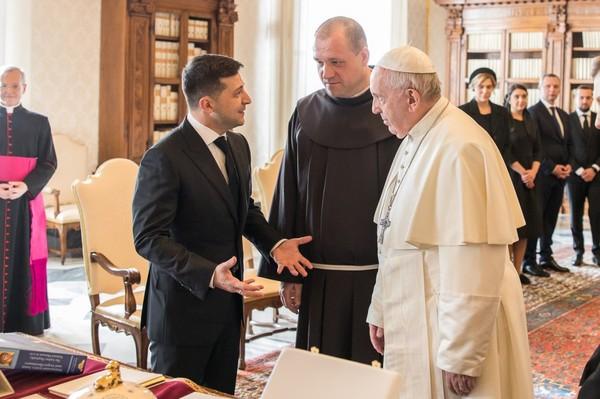 Только время покажет, смог ли Владимир Зеленский убедить Папу